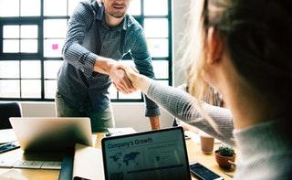 Hiteles vagy közhiteles cégkivonat, mi a különbség?